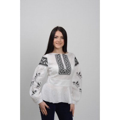 "Embroidered blouse ""Black&White"""