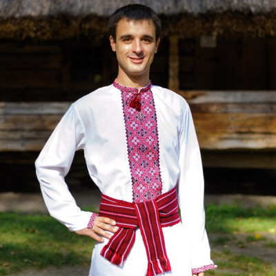 """Embroidered shirt """"Marvellous Red"""""""