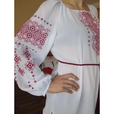 """Embroidered  blouse """"Shining Moon Red on White"""""""