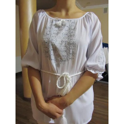 "Embroidered  blouse ""Oriental curves Silver on White"""