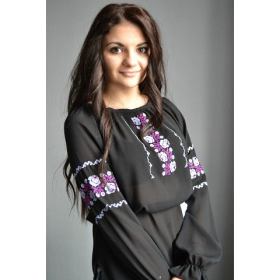 "Embroidered  blouse ""Fantastic Roses Purple"""