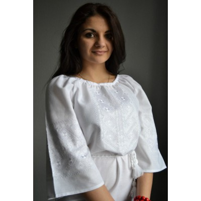 "Embroidered  blouse ""Traditional White"""